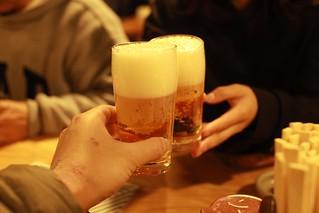 ビールで乾杯 神田 居酒屋「みますや」