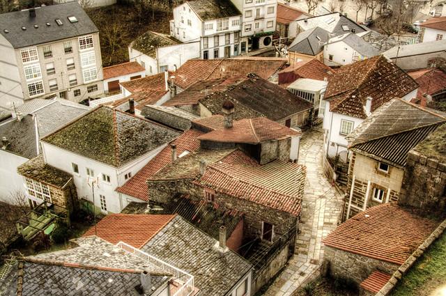 Roofs castro caldelas galicia tejados spain espa a for Tejados galicia