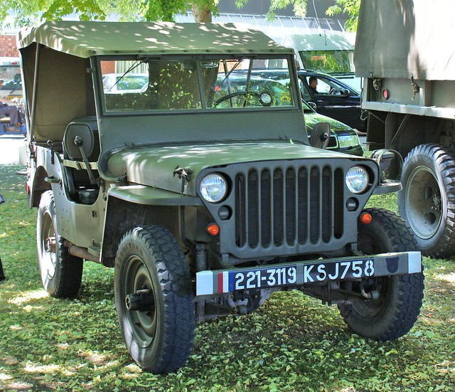French army jeep picture