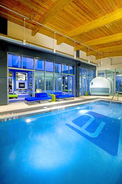 Aloft mount laurel splash indoor pool flickr photo for Hotels 08054