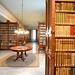 La biblioteca académica reúne 250 000 volúmenes.
