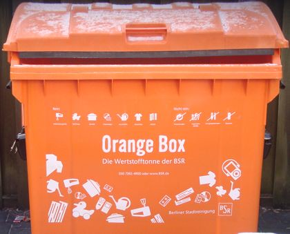 orange box vs gelbe tonne plus. Black Bedroom Furniture Sets. Home Design Ideas