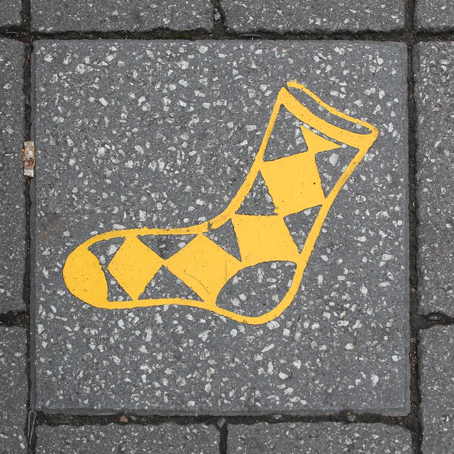 paving slab motif - yellow sock
