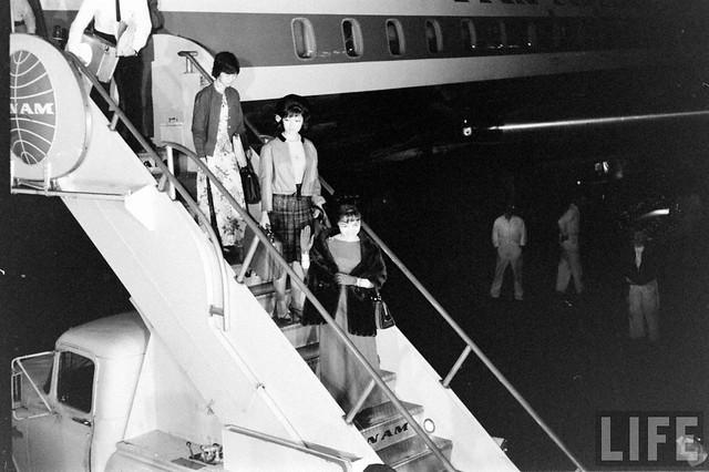Mme. Nhu's Arrival (4)