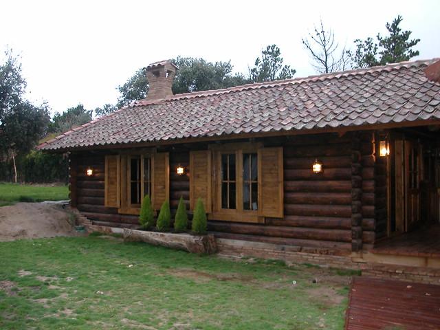 Casas de troncos de madera al estilo de transilvania - Casas de madera de troncos ...