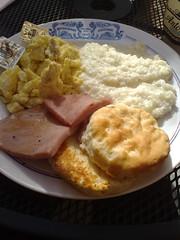 vegetarian food(0.0), meal(1.0), breakfast(1.0), brunch(1.0), food(1.0), full breakfast(1.0), dish(1.0), scrambled eggs(1.0), cuisine(1.0),