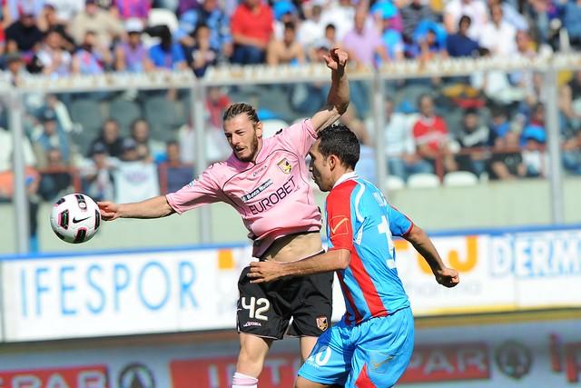 Calcio, Catania-Palermo: vendita tagliandi