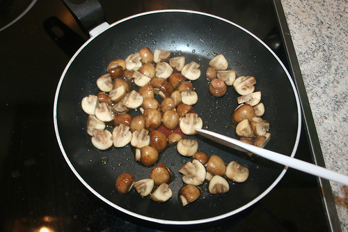 31 - Pilze anbraten / Braise mushrooms