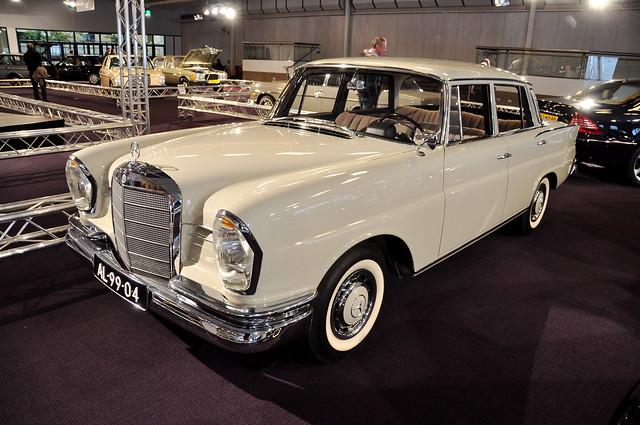 Interclassic & Topmobiel 2011 – 1963 Mercedes-Benz 220 S