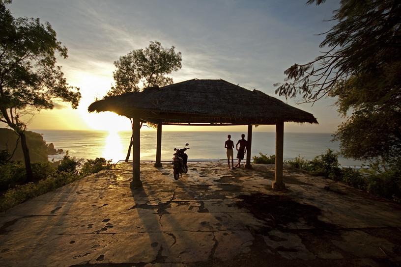 burger-photography-lifestyle-travel-landscape-indonesia-bali-padang-padang-sunset