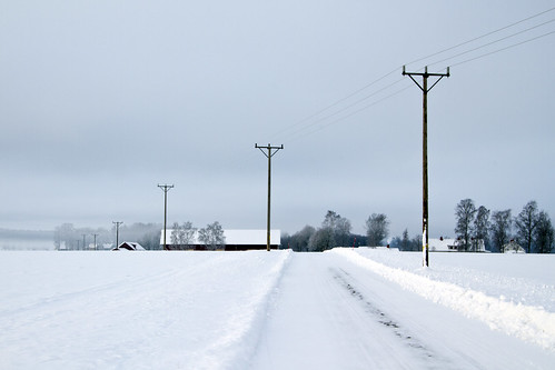 road winter snow landscape sweden electricity sverige poles östergötland canonefs1785mmf456isusm canoneos7d