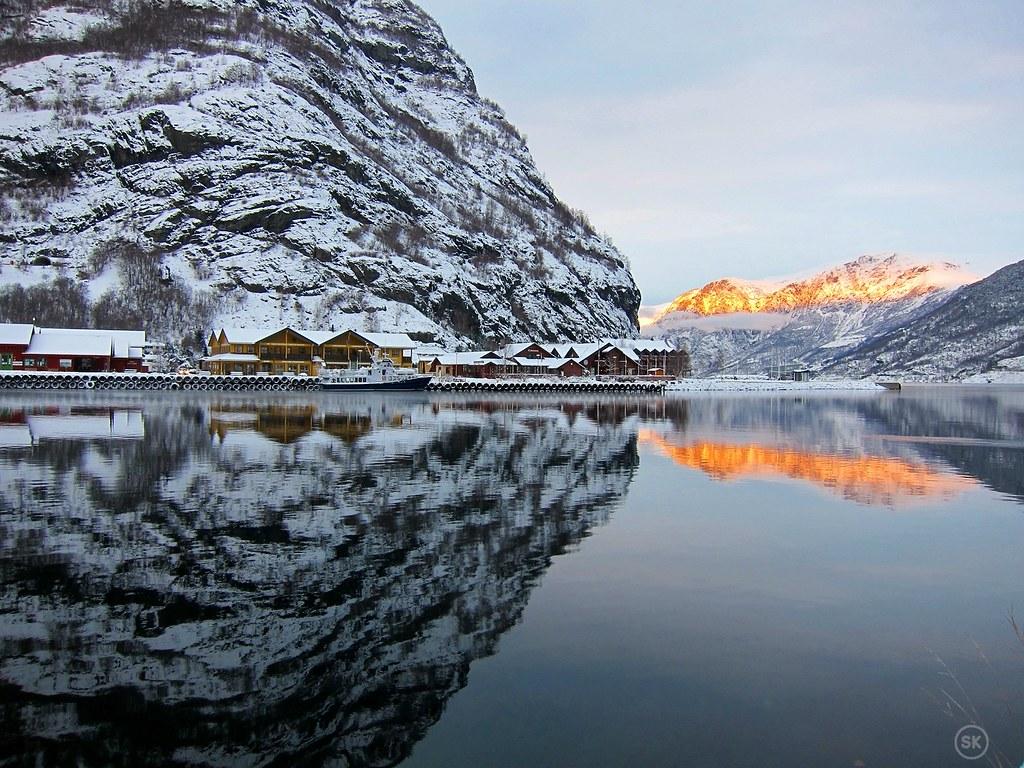 Towards Aurlandsfjord
