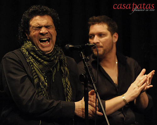 """José Jiménez """"El Bocadillo"""" y Saúl Quirós al cante. Foto: Martín Guerrero"""