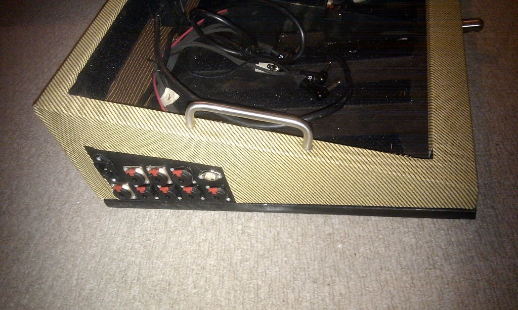 been pedal board building page 1 joe 39 s guitars amps and gear joe bonamassa forum. Black Bedroom Furniture Sets. Home Design Ideas