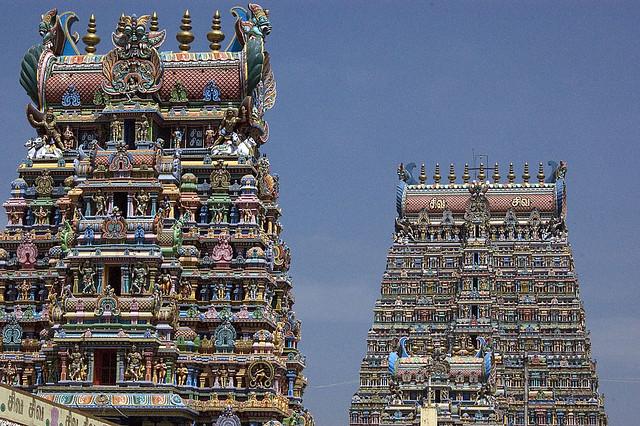 5482935377 00c1ce9e15 z - Los templos Vímana en la India