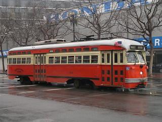 Er hatte nichts Gutes im Sinn, wollte in San Francisco Straßenbahn fahren USA  2147483630