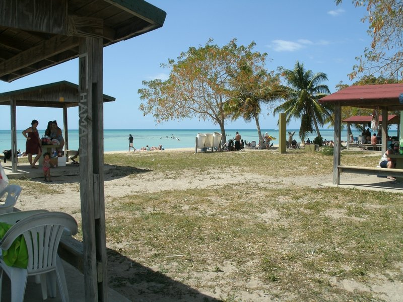 Playa del combate cabo rojo puerto rico flickr photo for Villas koralina combate cabo rojo