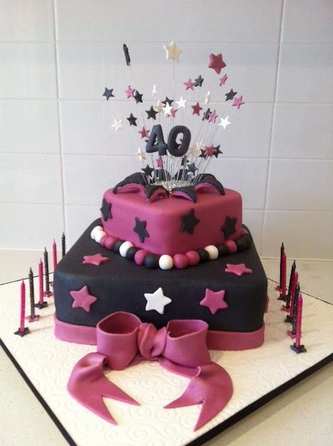 2 Layer Cake Designs http://www.flickr.com/photos/52067960@N05/5588259422/