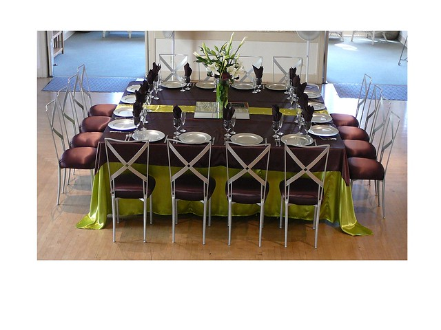 8 Person Square Table: Square Table For 16 People