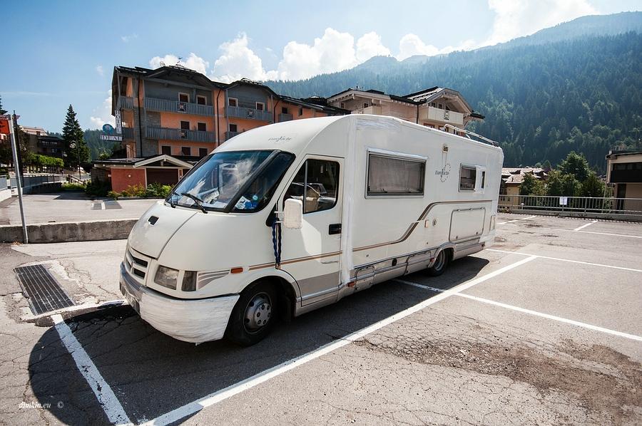 Madonna di Campiglio, Trentino, Trentino-Alto Adige, Italy, 0.001 sec (1/1000), f/8.0, 2016:07:01 08:28:51+00:00, 12 mm, 10.0-20.0 mm f/4.0-5.6