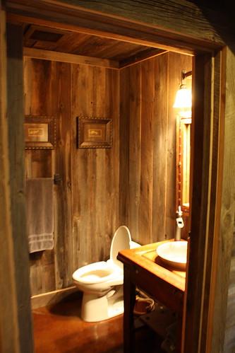 The Double Cross - Bathroom