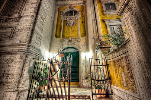 A Gateway To The Past – (HDR Rome, Italy)