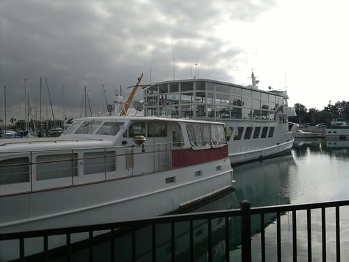 Im Hafen bei Los Angeles erhält man einen guten Tagelohn, gewöhnlich einen preußischen Thaler und  Extraportion Grog in den USA 2147483609