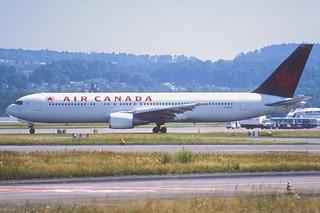 140at - Air Canada Boeing 767-375ER; C-GSCA@ZRH;25.07.2001
