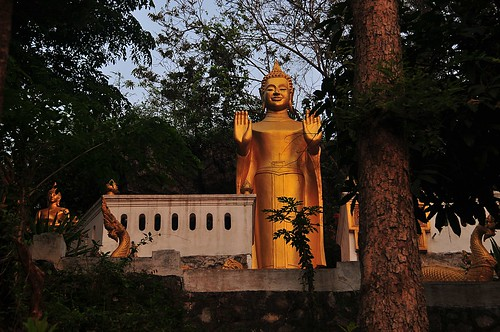 buddha lao luangprabang