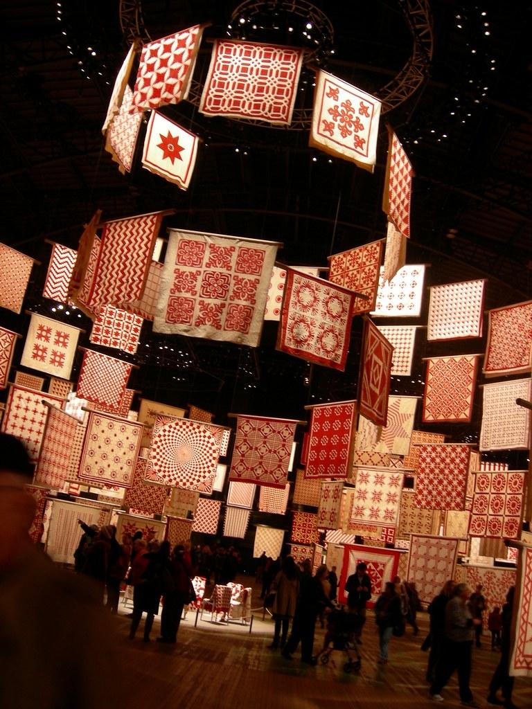 pat sloan infinite variety red white quilt exhibit4