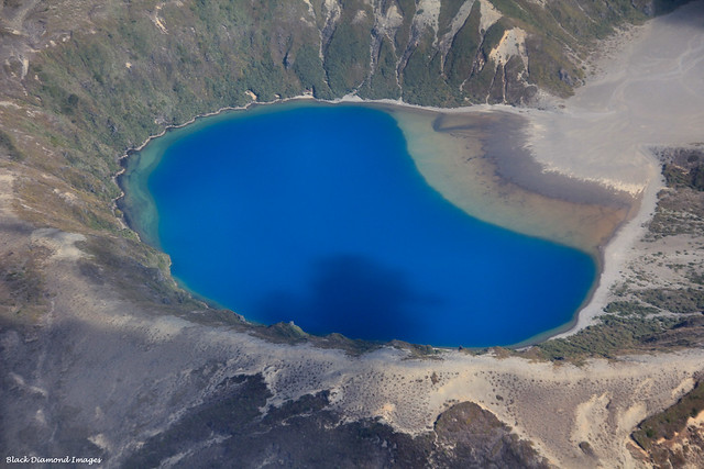 Lower Tama Lake Between Mt Ruapehu and Mt Ngauruhoe, Tongariro World Heritage National Park, North Island, New Zealand