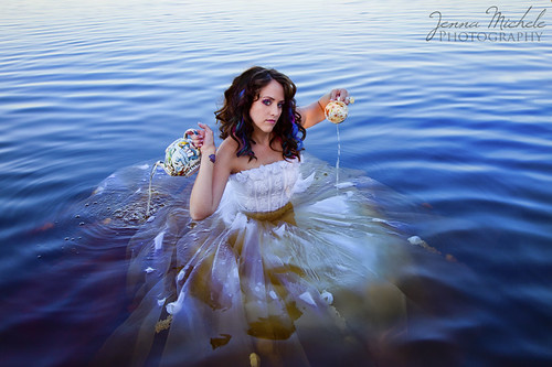 Trash the Dress - Alice in Wonderland