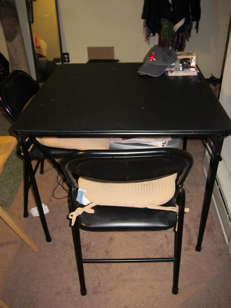 table + chairs $20 SOLD