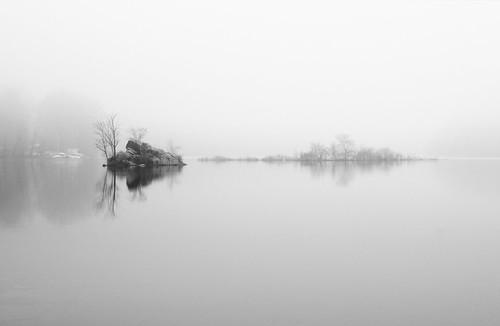 blackandwhite bw fog connecticut ct ridgefield lakemamanasco mamanasco nikkor3570mmf28