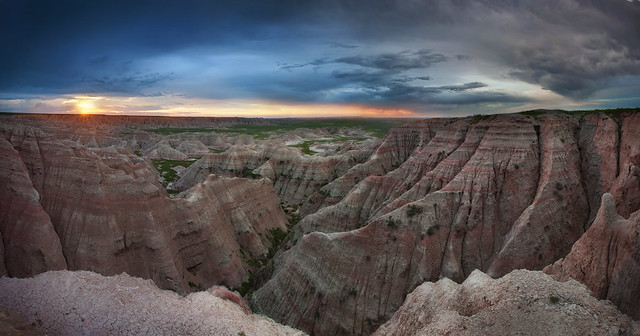 'Sioux Sunrise', United States, South Dakota, Badlands National Park, Big Badlands Overlook