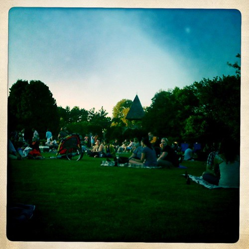 Free concert at Olbrich Botanical Gardens