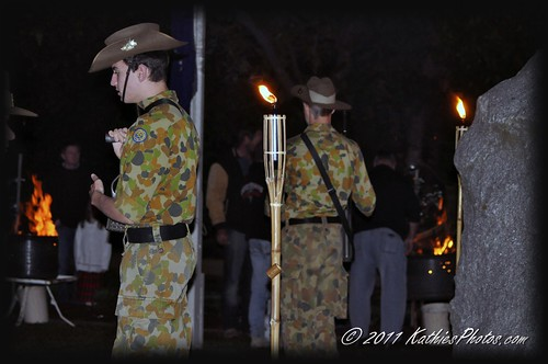 Anzac Dawn service in Emerald