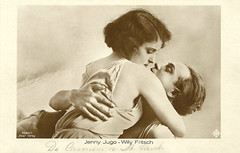 Jenny Jugo and Willy Fritsch in Die Carmen von St. Pauli (1928)