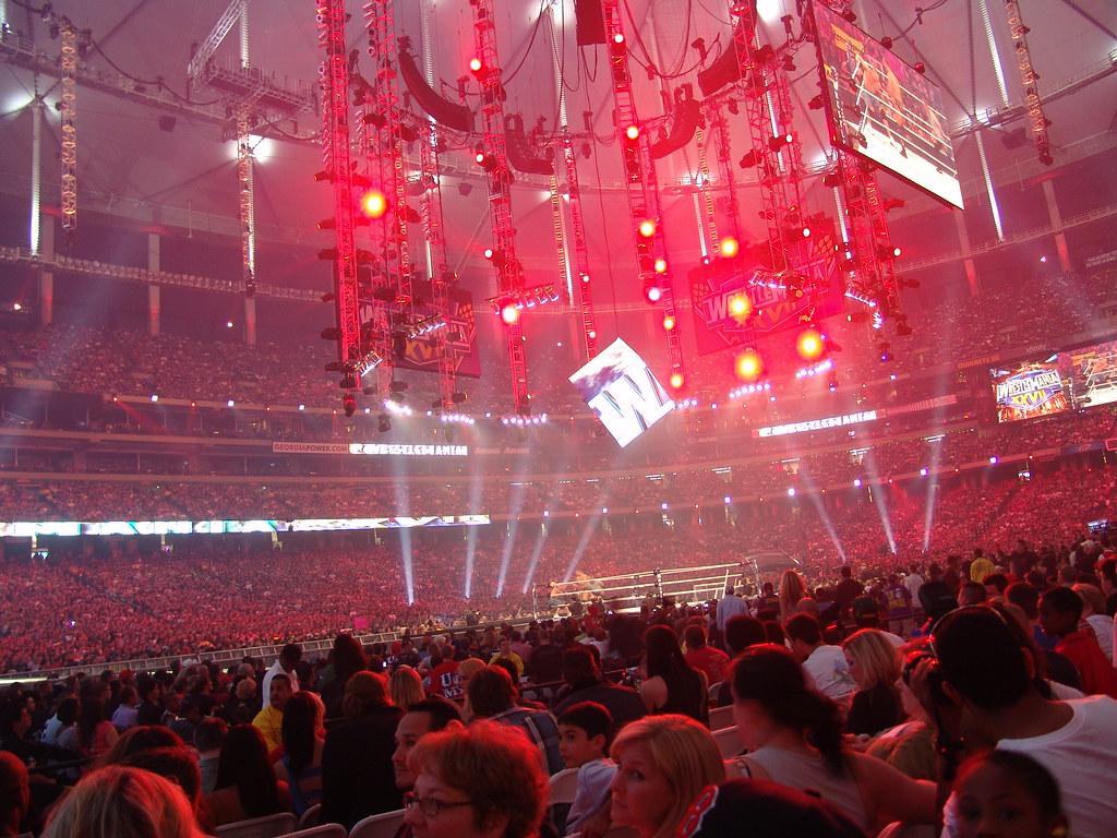 WWE 329