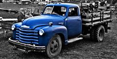 hot rod(0.0), antique car(0.0), vintage car(0.0), automobile(1.0), pickup truck(1.0), vehicle(1.0), truck(1.0), chevrolet advance design(1.0), land vehicle(1.0), motor vehicle(1.0),