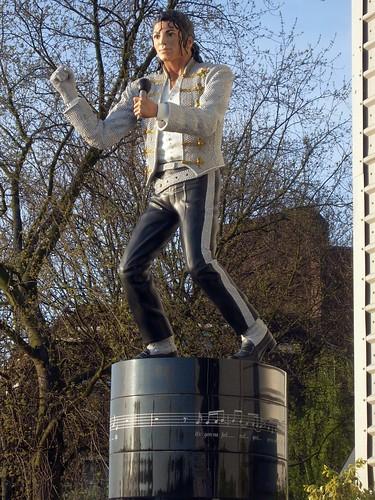 Le monde entier se souvient de Michael Jackson    5617013086_994e5fe30f