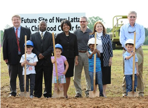 State Director Vernita F. Dore, and Tammye Treviño, Administrator for Housing and Community Facilities Programs at the Latta Groundbreaking. The schoolchildren pictured above will be the first class in the new pre-kindergarten through second-grade facility in Latta, South Carolina. (U.S. Department of Agriculture)