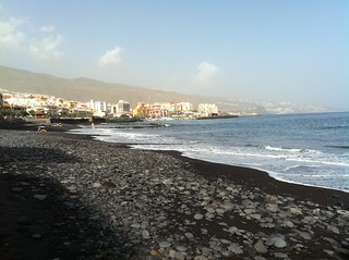 Image of Playa de los Guanches Beach with a length of 362 meters. islands holidays tenerife canary candelaria