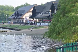 Restaurantes y Hotel junto al lago Willen Lake de Milton Keynes, más que un lago ... un estilo de vida - 5640440055 7f4a14ecf7 n - Willen Lake de Milton Keynes, más que un lago … un estilo de vida