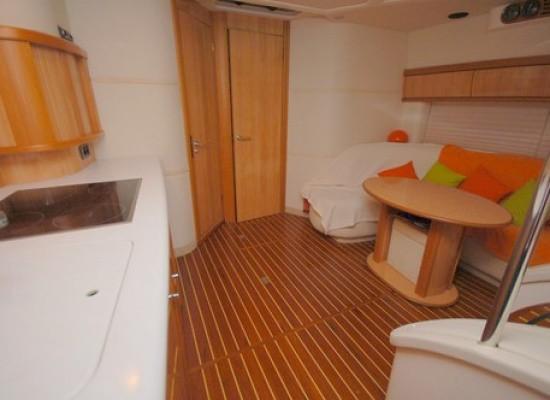 Yacht Images: SEALINE Sealine S 41 2001. Provence Côte D'azur, France