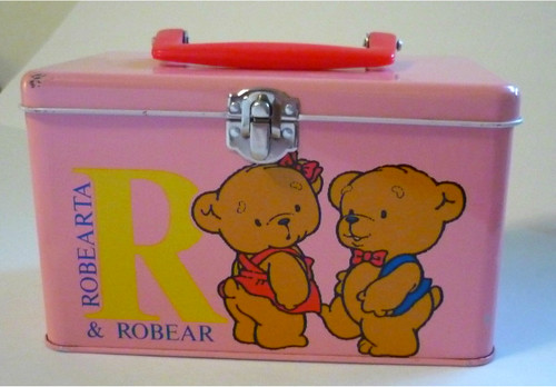 Robearta and Robear tin box 1985