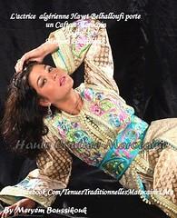 Hayet Belhalloufi porte un Caftan Marocain