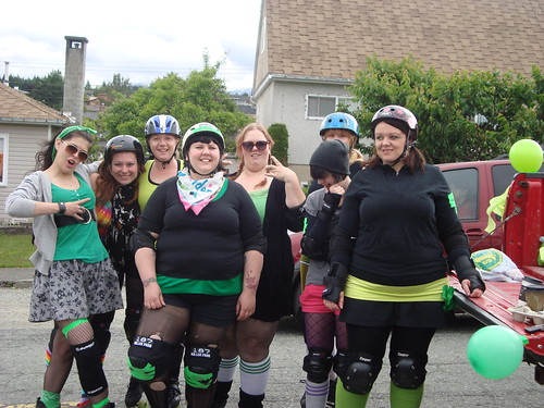 alberni valley roller girls. first group shot