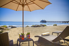 Beachside Loungechairs & Cocktails by malibubeachinn
