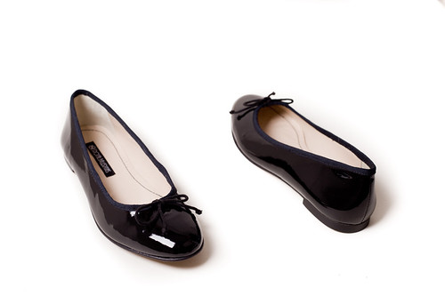 5586548332 90eed8f73c Slip Resistant Shoes – Safe but Fashionable